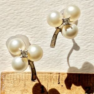 screw back earrings vintage pearls crystal accent
